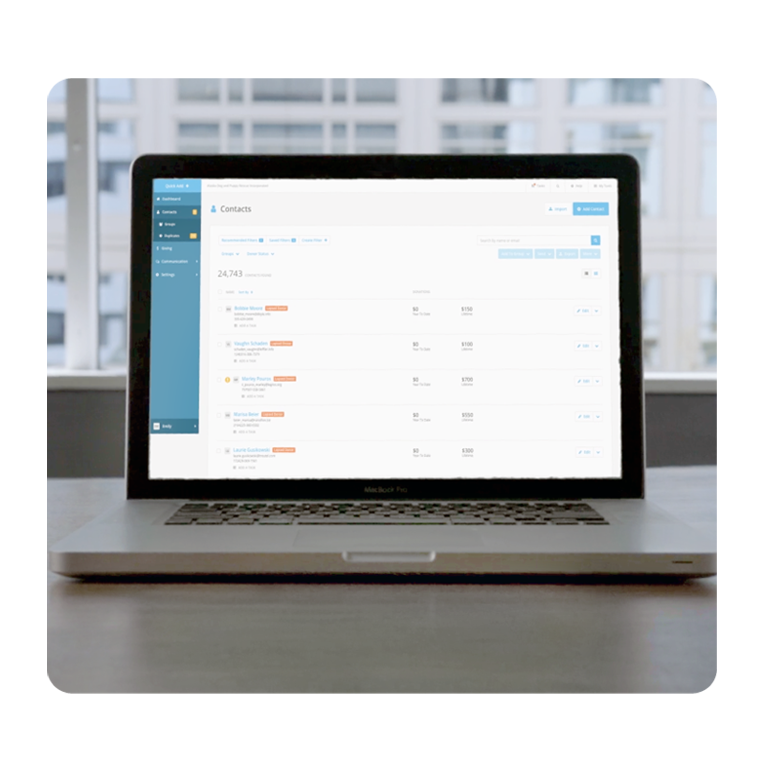 Organize and manage contacts effortlessly
